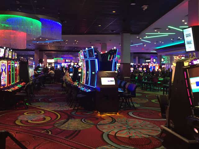 Playing Online Casino Poker For A Living